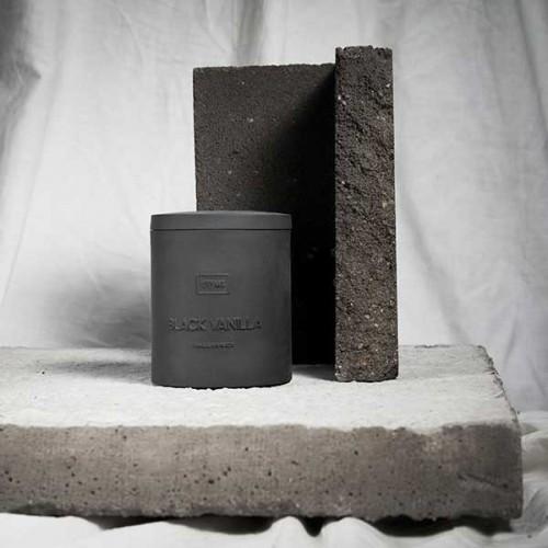 Ароматна свещ 03 / BLACK VANILLA Capsule Candle с етерично масло от Перу балсам и 100% памучен фитил, I-TEMS