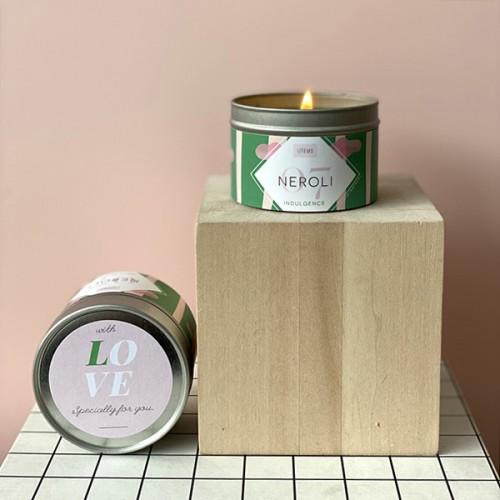 Ароматна свещ 07 / NEROLI с етерично масло от петигрен, аромат на портокалов цвят и дизайн от Розалина Буркова 'I-TEMS', 100 г
