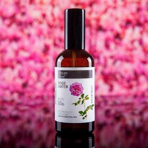 Натурална розова вода /първичен дестилат, БИО/ в стъклена бутилка със спрей помпа 'NatureBase', 100ml