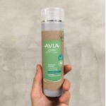 Шампоан със зелена хума за бързо омазняваща се коса с ментово масло 'AVIA', 250мл