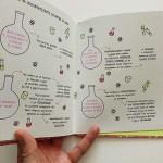 Кратки пътеводители в биографии забележителни - Мари Кюри от Изабел Томас и Анке Векман, издателство 'TIMELINES'