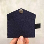 Филцово портмоне /визитник/ с копче - тъмно синьо 10х7см, DEKORA