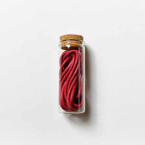 Връзки за обувки /червени/ - комплект от 2 броя в стъклена ампула с тапа, ДървАрт