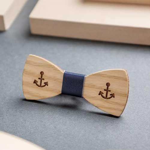 Дървена мини папийонка модел 'Номад', изцяло ръчна изработка, ДървАрт