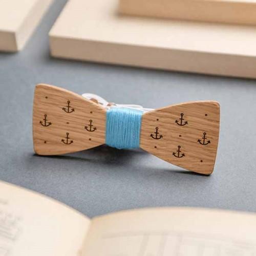 Дървена папийонка с гравюра модел 'Немо', изцяло ръчна изработка, ДървАрт