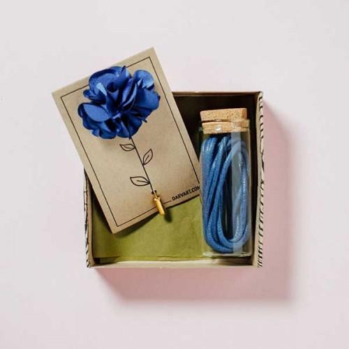 Комплект за мъжа в синьо /игла за ревер + чифт памучни връзки/, Дърварт
