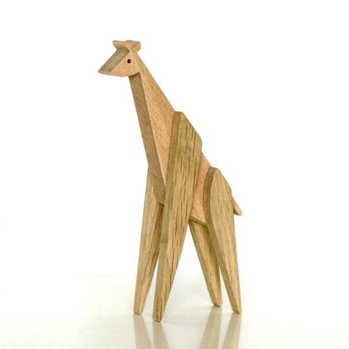 Магнитна играчка - Жираф, изработена изцяло на ръка от масивна дървесина 'ESNAF' by Archabits