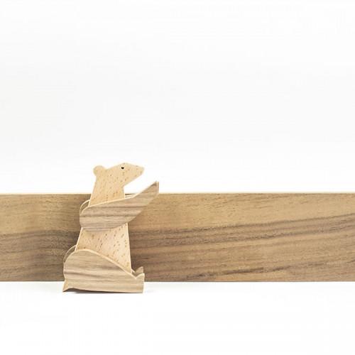 Магнитна играчка - Мечка, изработена изцяло на ръка от масивна дървесина 'ESNAF' by Archabits