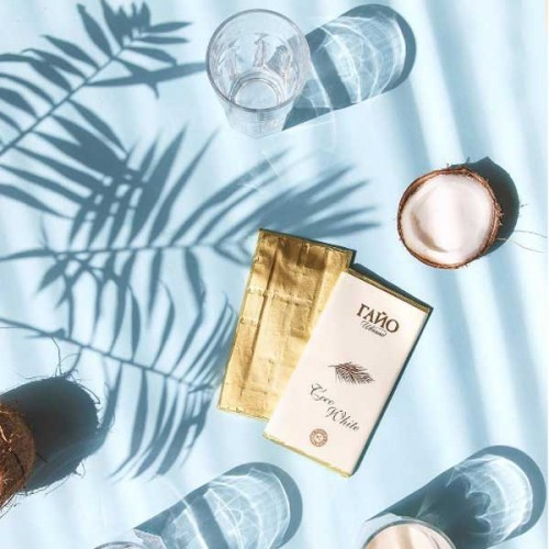 Бял веган шоколад с 29% кокосово мляко Coco White 'ГАЙО', 80 г