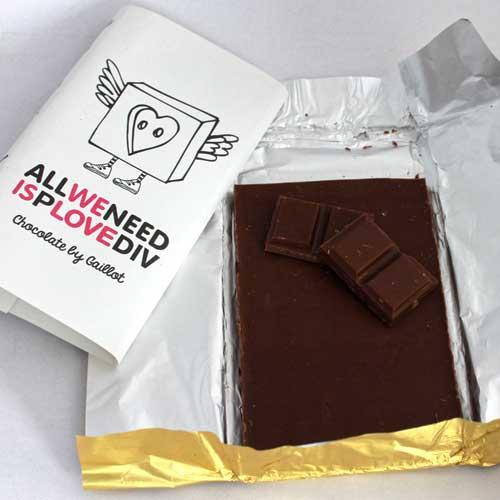 Млечен шоколад с Роза /екстракт/ ALL WE NEED IS pLOVEdiv - ограничено количество, ГАЙО