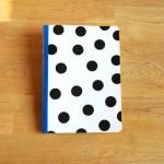 Тетрадка А5 с редове /бяла на черни точки/ от рециклирана хартия 'Бяла лодка', 40 листа