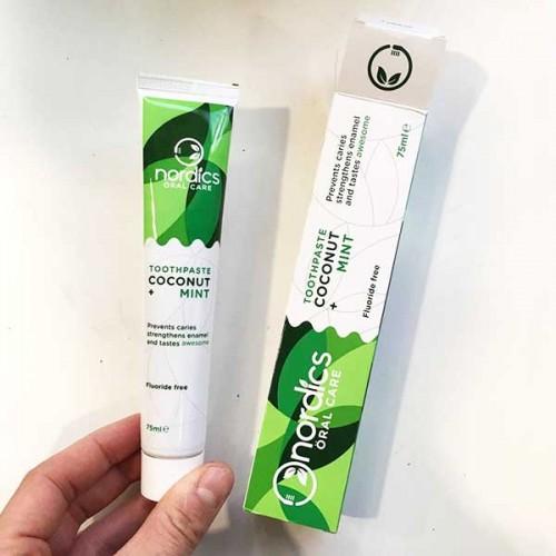 Паста за зъби без флуор с аромат на кокос 'Nordics Oral Care', 75ml