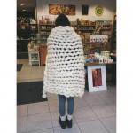 Одеяло от 100% небагрена българска овча вълна /плетено на ръка/, 80х110cm