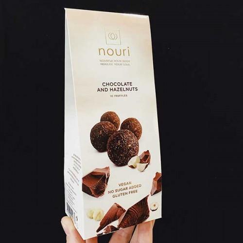 Трюфели с шоколад и лешници /сурови, без захар/ 'nouri', бонбониера 10 броя в кутия