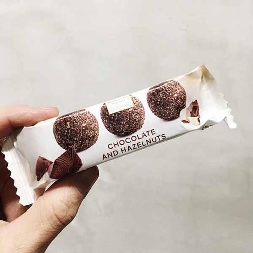 Трюфели с шоколад и лешници /сурови, без захар/ 'nouri', 3 броя