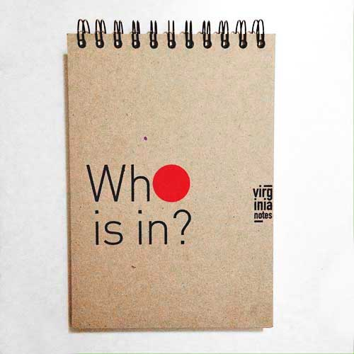 Интерактивен тефтер с дупка 'Кой е вътре?/WHO IS IN?' - концептуален проект за себеусъвършенстване на Виргиния Захариева